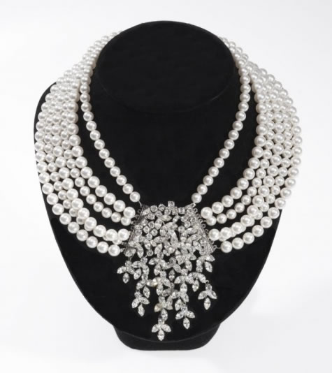 Dior Miss Pearl  Necklace - Bridal / Evening Wear - Couture Jewellery Collection from the Wedding Accessory Boutique